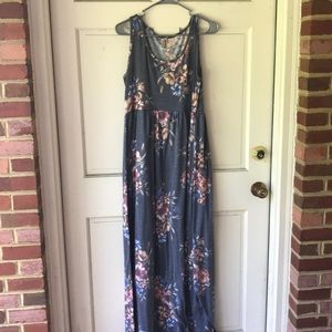 Mother bee Maternity maxi dress